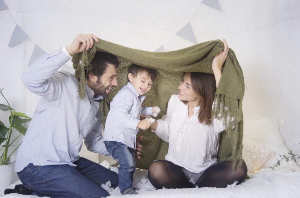 Fotografía de familia en estudio en Bilbao, un recuerdo para toda la vida